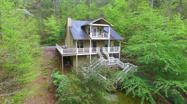 Sims Mountain Hideaway - 3 bed/2 bath