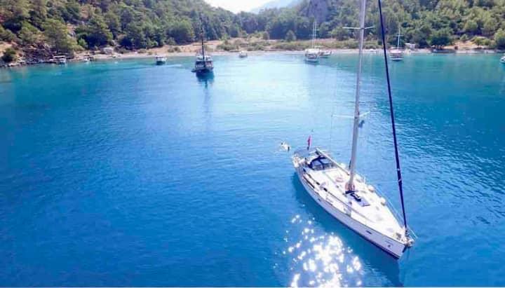 Tekne gezisi Fethiye göcek koyları yelkenli turu