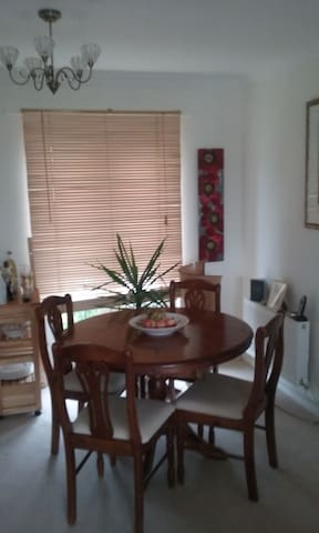 Single room in warm, friendly apartment - Plymouth - Apartamento