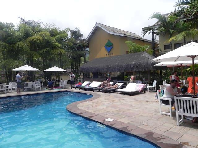 Flat em Ilhabela em Hotel Frente ao Mar