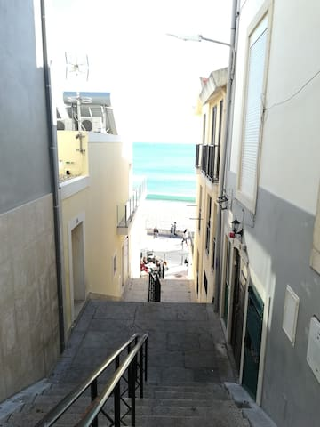 Ni House - Apartamento Estúdio a 1 minuto da praia