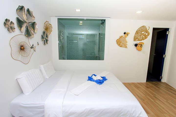 ★Cozy Room near Walking St.★New Modern Building★