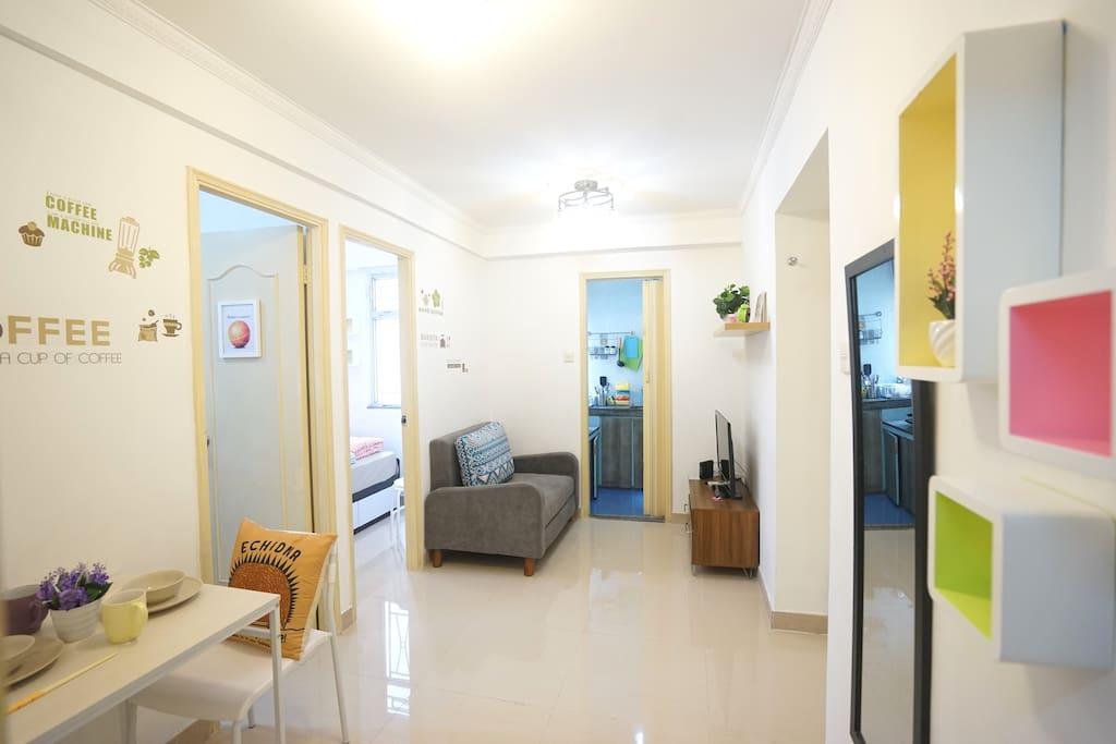 Budget offer 2 br jordan mtr appartements louer hong kong hong kong - Farbiges modernes appartement hong kong ...