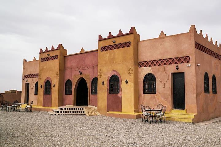 Charming Riad Merzouga Dunes & Desert Activities