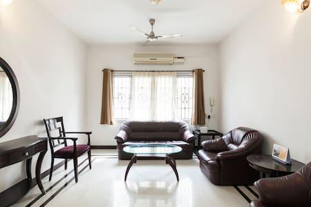 KAPSSTONE-POSH luxurious 3BHK Aparment-Nungambakam - Chennai - Apartament