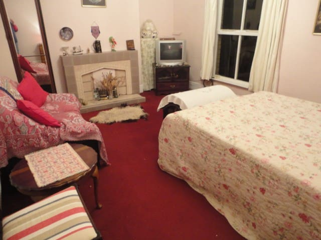 Large family room close to the sea. - Withernsea - Casa