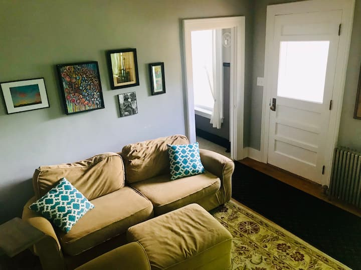 Quiet retreat in the heart of Downtown Montpelier!