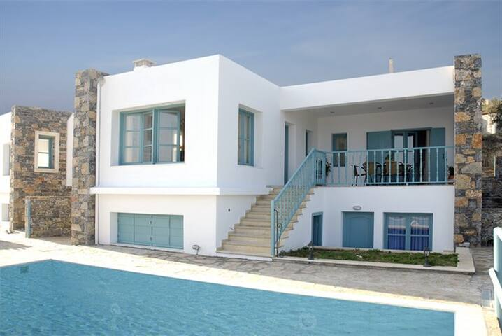 Caly villa- Mohlos- 9 persons+pool - Lasithi