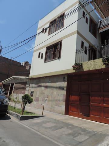 Departamento para Turistas - La Perla - Apartment