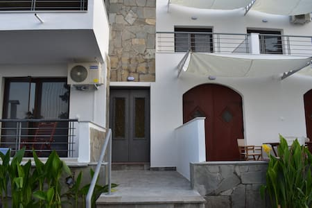 Apartment (2) in Stone House/Stavros