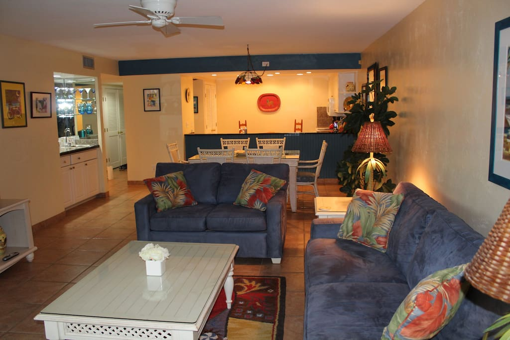 Large Living and Dining Area with Sleeper Sofa