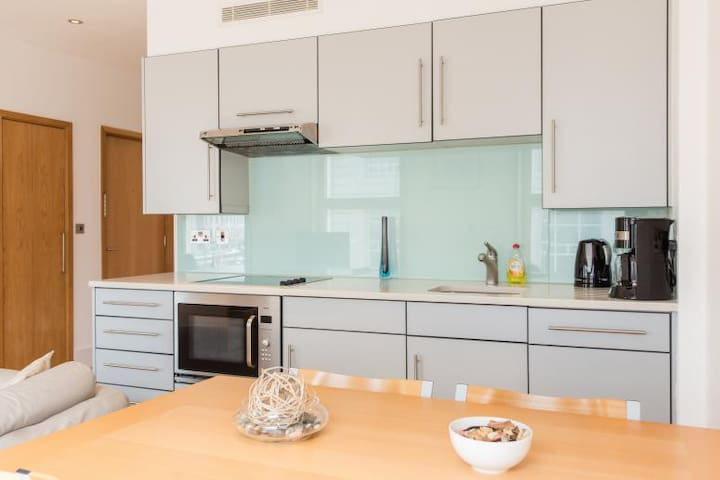 Lovely apartment in Piccadilly Circle
