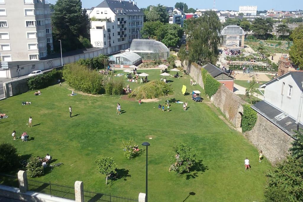 Appt face jardin des plantes proche centre et gare flats for rent in nantes pays de la loire - Gare de lyon jardin des plantes ...
