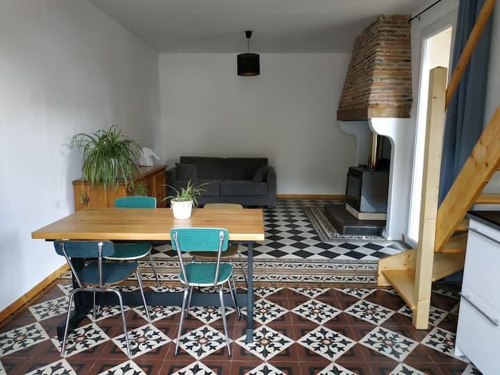 Appartement cosy avec jardin en cœur de village