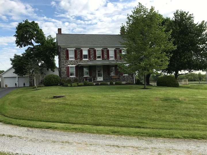 Civil War Farm House w/PrivateHeated Inground Pool