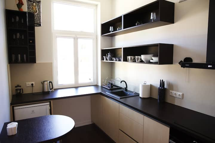 Center apartment in a convenient location