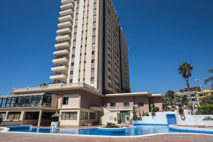 HardRock Luxury Apartment with garage Tenerife sud - Adeje - House