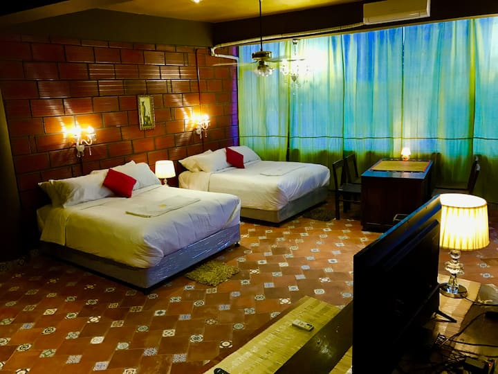 Boutique Suite Room 6 (off MG Road)