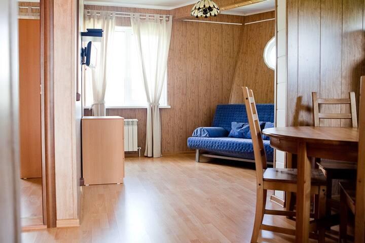 Комфортные  апартаменты в Доме-Корабле