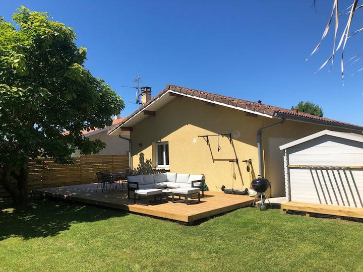 Newly Renovated Open Plan Villa