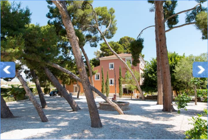Villa Mediterranea