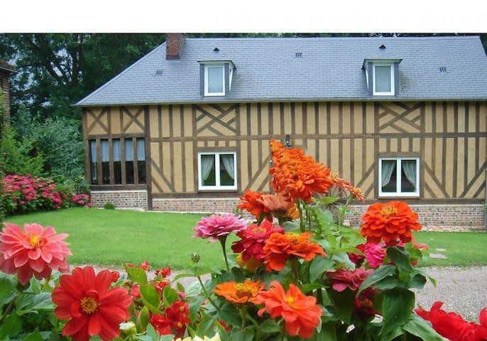 Grand cottage dans le Pays d'Auge