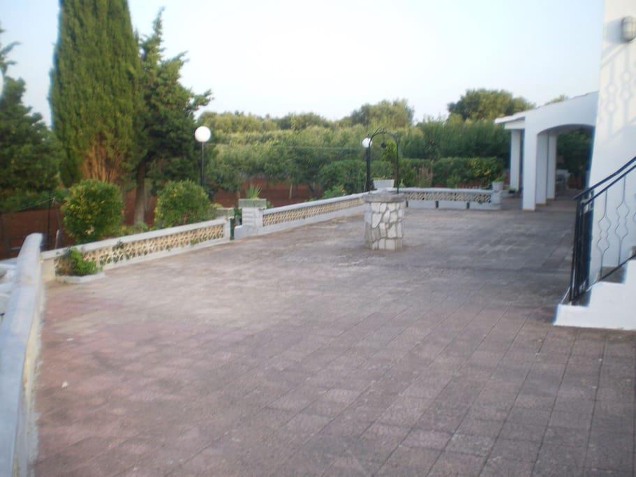 Villa esterno - piazzale