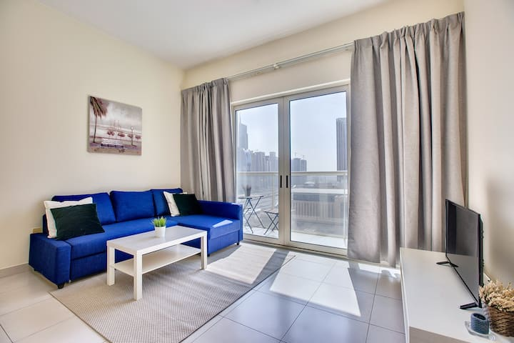Beautiful apartment in Marina View towers
