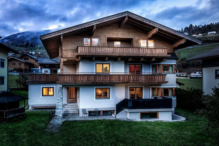 Alpine View - Panorama View Apartment