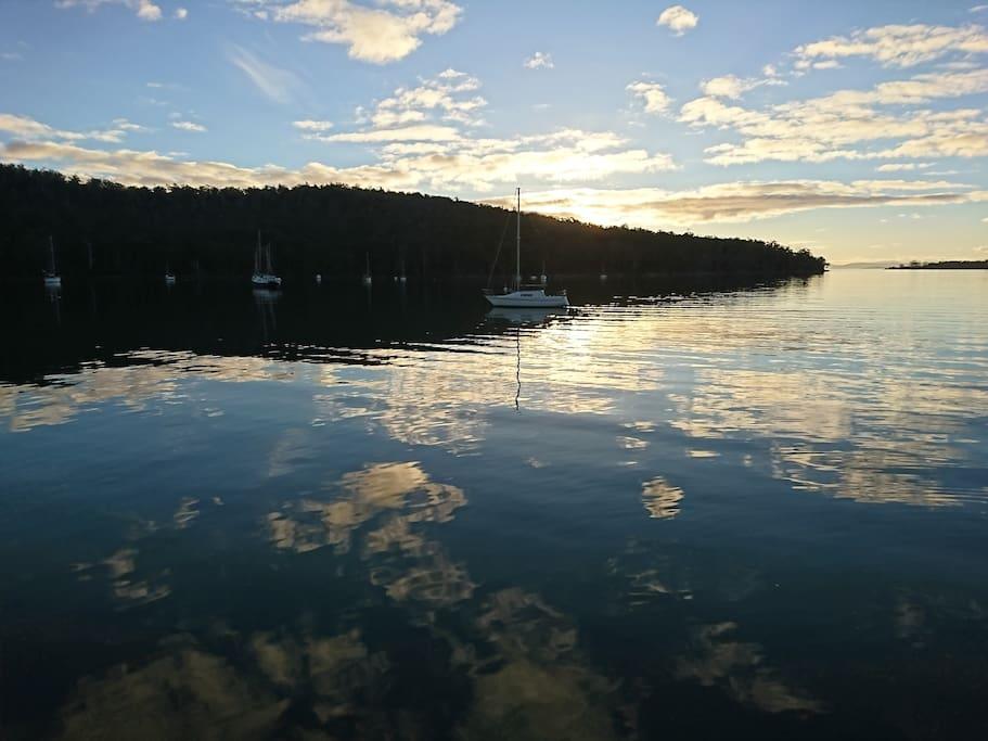 Little Norfolk Bay(Nearby)