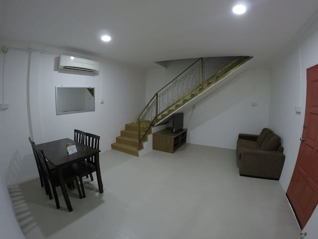 Summer Beach Lodge-Service Suite - Labuan - Lakás