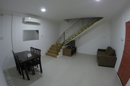 Summer Beach Lodge-Service Suite - Labuan - Huoneisto