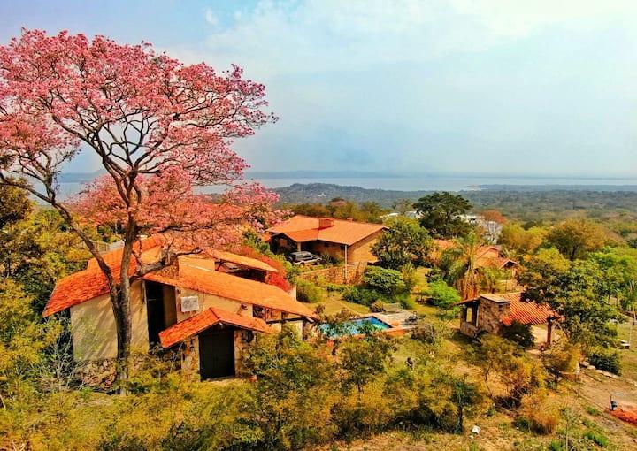"""""""Alquilo hermosa casa en Sanber con vista al lago"""""""