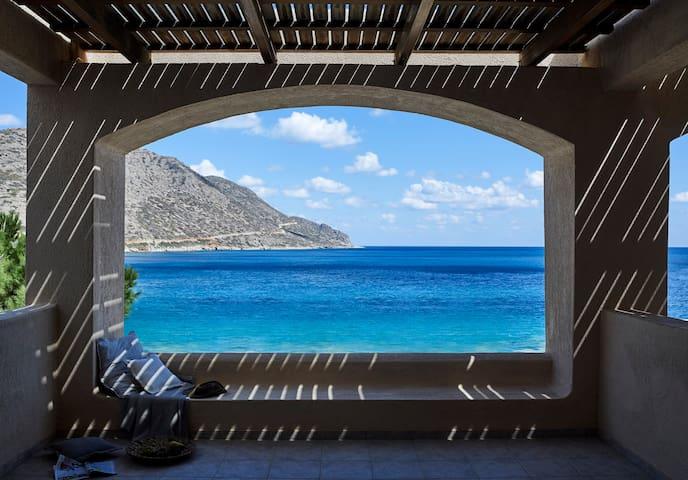 Marina Sea Front Residence - Plaka - Pension