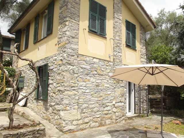 """COTTAGE  """"IL MAGGINO"""" NATURE, RELAX AND GOLF."""