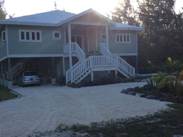 HappyDaze House - Kayak and Paddle Boards Included