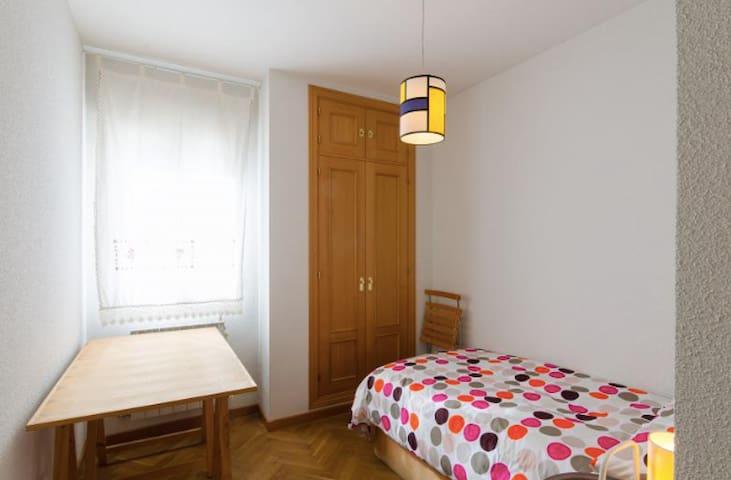 Habitación individual Bravo Murillo - Madrid - Casa
