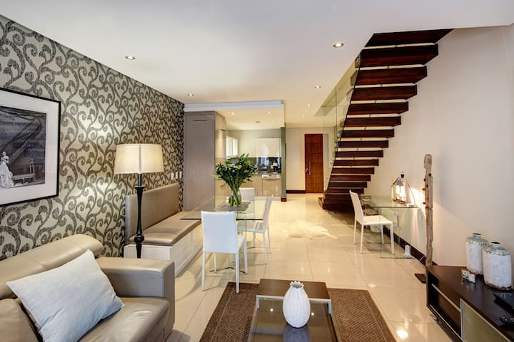 Melrose Arch Luxury Apartment