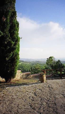 Unspoiled Tuscan countryside - Arezzo - Villa