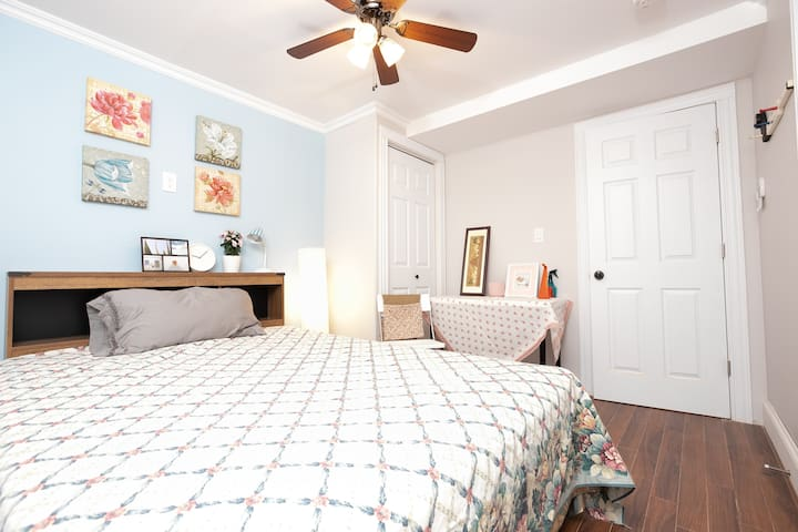 2Tulip房间,具独立卫生间的客房