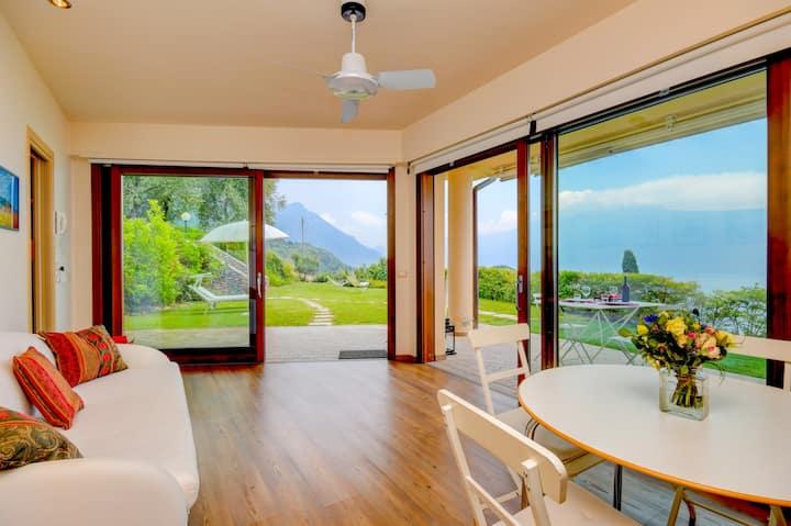 Garda lake view apartment