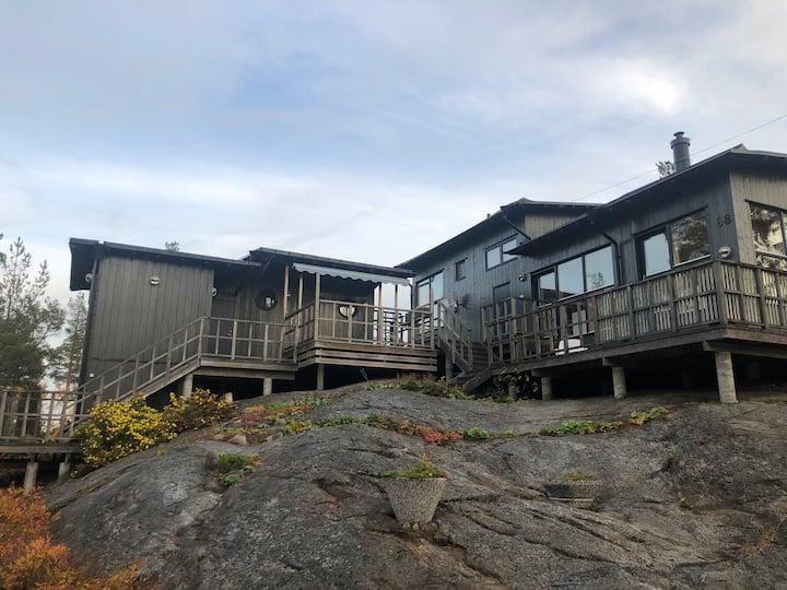 Exklusivt hus med nordisk design, 100 m från havet