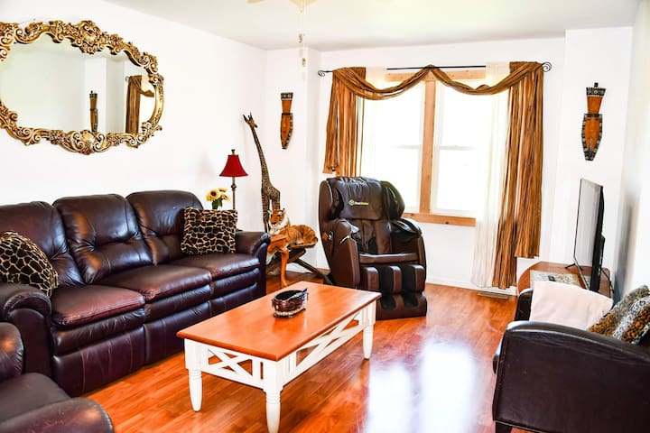 Private affordable 5★ Eudora home★luxury amenities