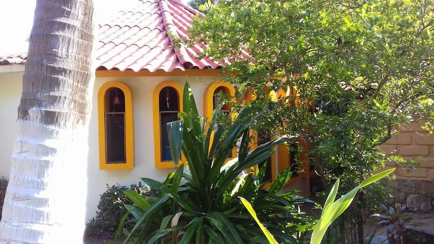 Bungalow Casa Heidi - Zihuatanejo