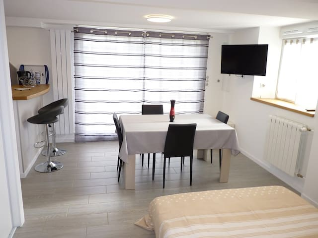 Studio tout confort de 25m2 - Quimper - Appartement