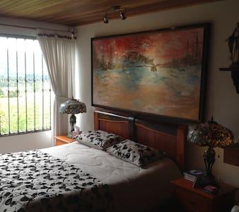 Habitación tipo suite en Tenjo Juaica - Tabio
