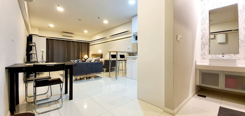 ULTIMATE Staycation |KLCC|Bukit Bintang|SpeedyWiFi
