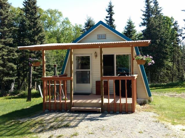 Ninilchik Woodland Cottage