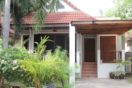 2bed home only 10 minuets to beach - Kammala