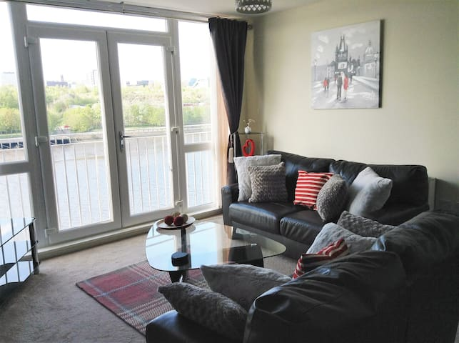 Elegant Riverside Apartment - Gateshead - Appartement